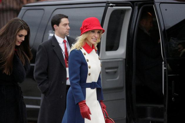 Samantha Bee Destroys Trump's 'Spokescobra' Kellyanne Conway