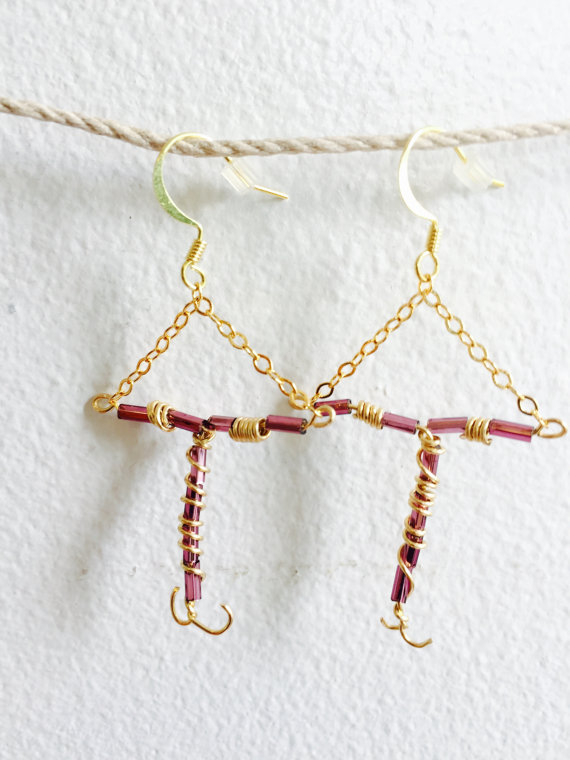 This Woman Is Selling IUD Earrings to Benefit Planned Parenthood