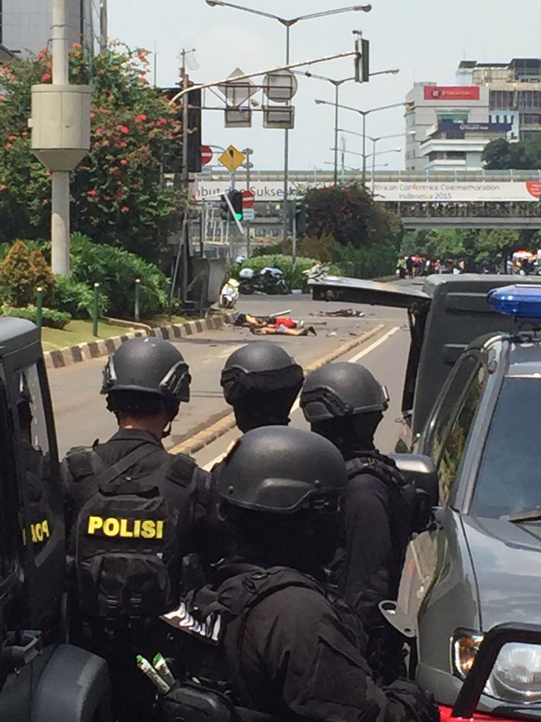 Gut-Wrenching Photos Show Mayhem Caused by Coordinated ISIS Attacks in Jakarta, Indonesia
