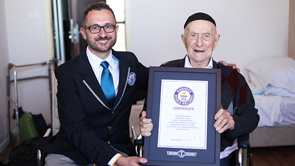 World's Oldest Man, Israel Kristal, Survived Two World Wars and the Holocaust