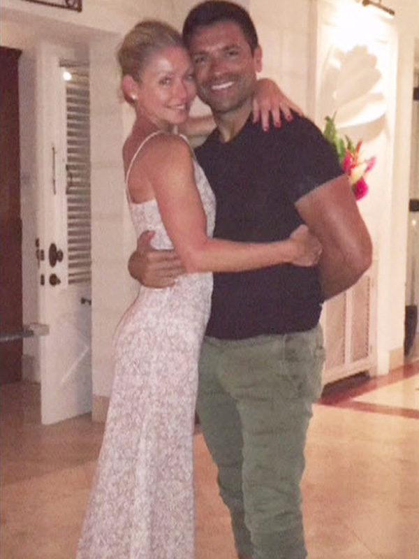 Kelly Ripa Reveals the Best $199 She Ever Spent: Her Barney's Warehouse Wedding Dress