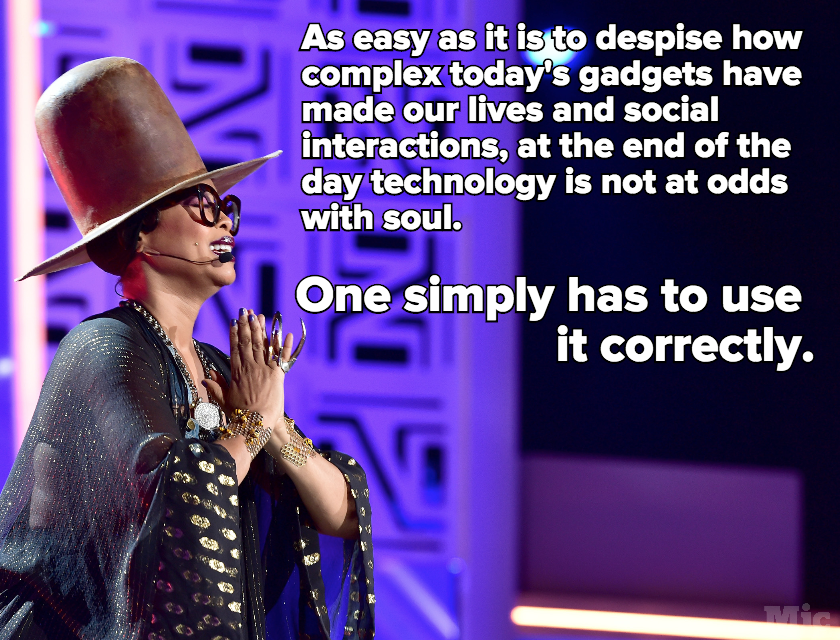 Erykah Badu Has Long Been a Master Teacher in How to Find Soul in Modern Technology