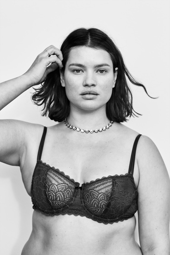 In One Stunning Photo Shoot, 'Vogue' Models Are Fixing Fashion's 'Plus-Size' Problem