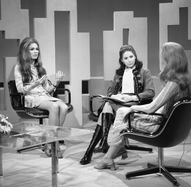 All Hail Gloria Steinem, Who Proved Feminists Can Kill It in Miniskirts and Leather Pants