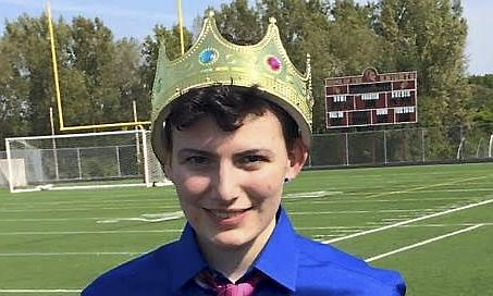Instead of Banning Him, This Transgender Minnesota Teenager Was Made Homecoming King