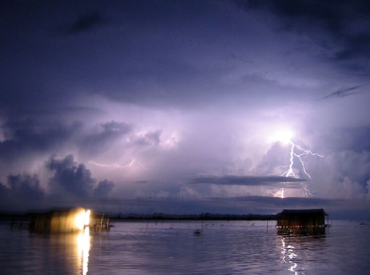 NASA Just Named This Lake Earth's Lightning Capital